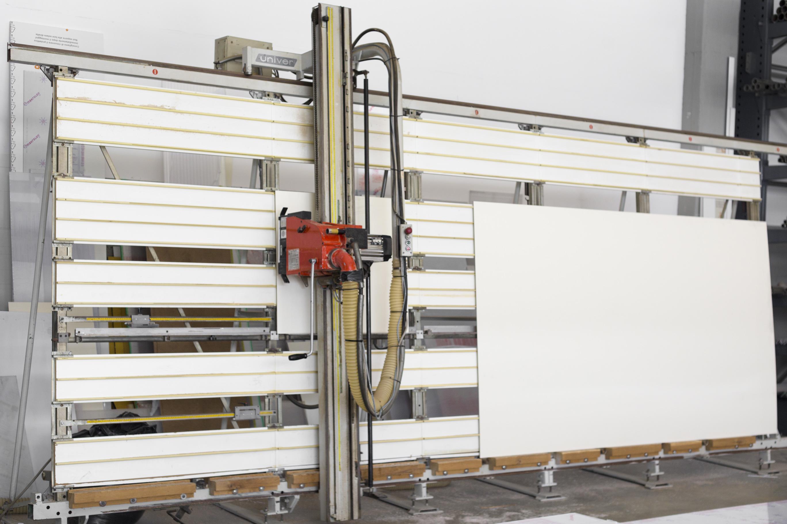 Taglio a misura policarbonato e print